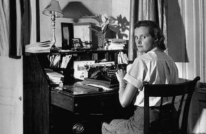 Author Daphne du Maurier